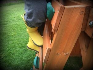 Slide Feet 04