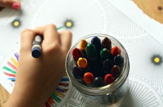 crayons-coloring-school